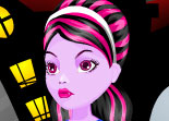 B�b� Monster High Op�ration du Nez